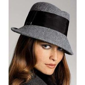 Imperative chapeau!  Badgley Mischka Women's Fedora